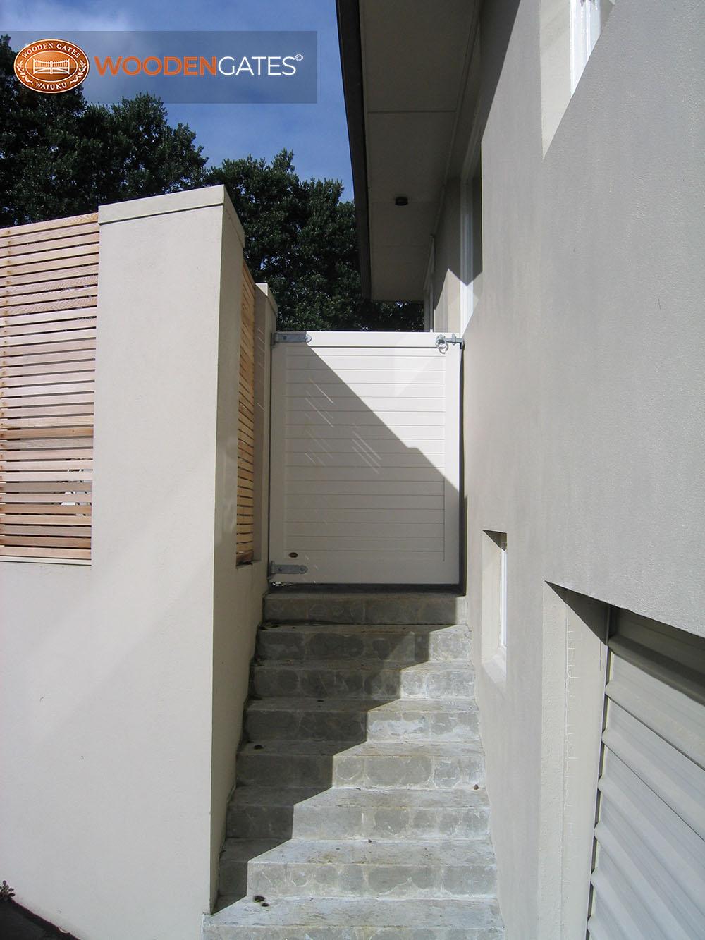 "#EU03- Painted pine pedestrian Euro<br /><span>Euro 03</span><br /><a href=""/enquiry/?about=EU03- Painted pine pedestrian Euro"">ENQUIRE ABOUT THIS >></a><br /><a href=""#""  data-id=""https://woodengates2-px.rtrk.co.nz/i/CityGates/GCIPP3954.JPG"" class=""print-this-image"">PRINT THIS IMAGE >></a><span class=""ug-icon-favorite "" data-id=""2115"" id=""spanFavorite2115"" title=""Add to My list""></span>"
