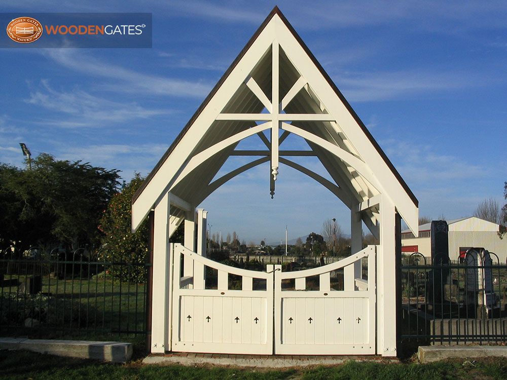 """Cemetery entrance - Hamilton <br /><a href=""""/enquiry/?about=Cemetery entrance - Hamilton """">ENQUIRE ABOUT THIS >></a><br /><a href=""""#""""  data-id=""""https://woodengates2-px.rtrk.co.nz/i/Commercial/GCUPP2962.JPG"""" class=""""print-this-image"""">PRINT THIS IMAGE >></a><span class=""""ug-icon-favorite """" data-id=""""2307"""" id=""""spanFavorite2307"""" title=""""Add to My list""""></span>"""