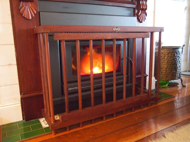 """Fireguard6<br /><span>Child Security 06</span><br /><a href=""""/enquiry/?about=Fireguard6"""">ENQUIRE ABOUT THIS >></a><br /><a href=""""#""""  data-id=""""https://woodengates2-px.rtrk.co.nz/i/Images/CityStyle/ChildSecurity6.jpg"""" class=""""print-this-image"""">PRINT THIS IMAGE >></a><span class=""""ug-icon-favorite """" data-id=""""903"""" id=""""spanFavorite903"""" title=""""Add to My list""""></span>"""