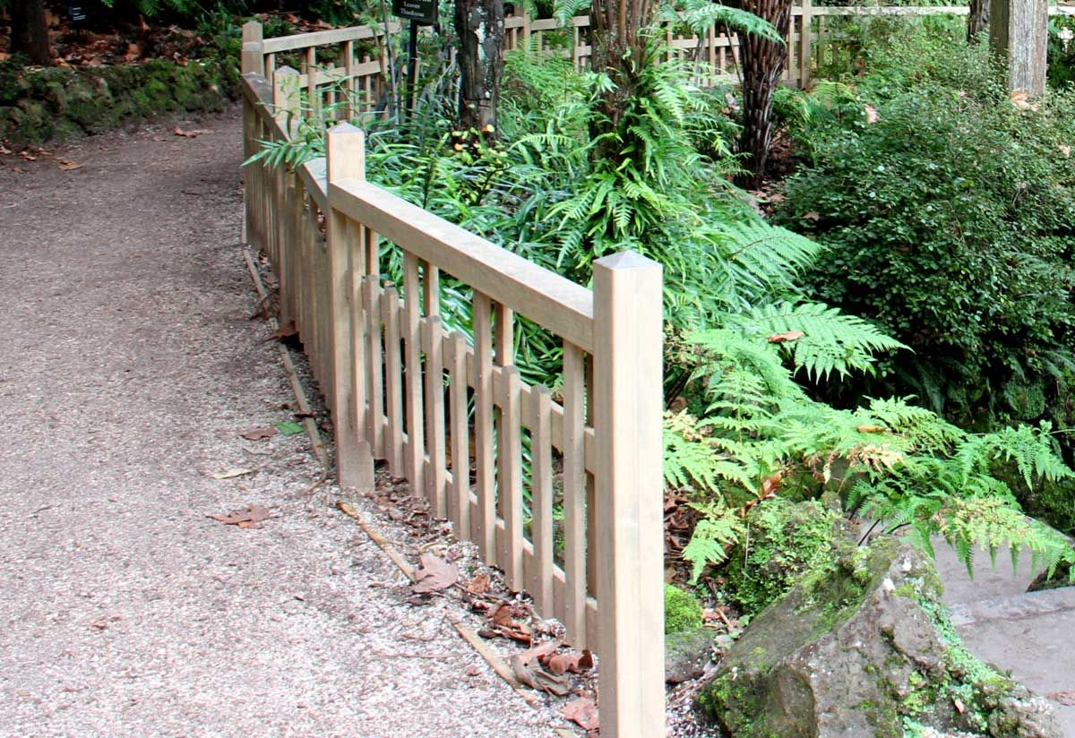 """Winter Garden Auckland<br /><a href=""""/enquiry/?about=Winter Garden Auckland"""">ENQUIRE ABOUT THIS >></a><br /><a href=""""#""""  data-id=""""https://woodengates2-px.rtrk.co.nz/i/Images/CommercialGallery/Fence2.jpg"""" class=""""print-this-image"""">PRINT THIS IMAGE >></a><span class=""""ug-icon-favorite """" data-id=""""23"""" id=""""spanFavorite23"""" title=""""Add to My list""""></span>"""