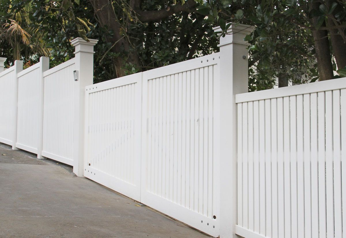 "#06 Bradford Fence<br /><span>Bradford Fence 06</span><br /><a href=""/enquiry/?about=06 Bradford Fence"">ENQUIRE ABOUT THIS >></a><span class=""ug-icon-favorite "" data-id=""72"" id=""spanFavorite72"" title=""Add to My list""></span>"