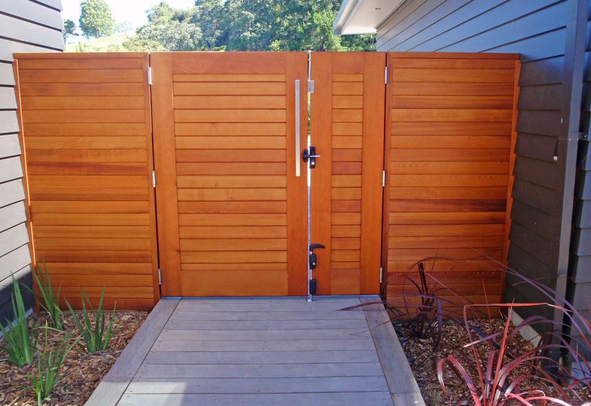 """Euro fence stained 01<br /><span>Euro Fence 01</span><br /><a href=""""/enquiry/?about=Euro fence stained 01"""">ENQUIRE ABOUT THIS >></a><br /><a href=""""#""""  data-id=""""https://woodengates2-px.rtrk.co.nz/i/Images/Fences/Gallery/EuroGallery_1.jpg"""" class=""""print-this-image"""">PRINT THIS IMAGE >></a><span class=""""ug-icon-favorite """" data-id=""""114"""" id=""""spanFavorite114"""" title=""""Add to My list""""></span>"""
