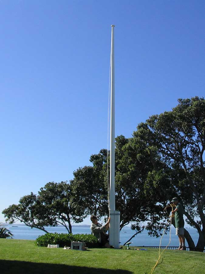 "Over-looking Takapuna Beach<br /><span>Flagpole 07</span><br /><a href=""/enquiry/?about=Over-looking Takapuna Beach"">ENQUIRE ABOUT THIS >></a><span class=""ug-icon-favorite "" data-id=""2036"" id=""spanFavorite2036"" title=""Add to My list""></span>"