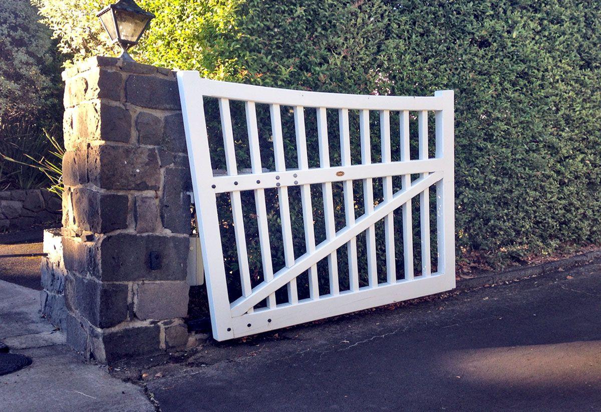 Rising Gates Wooden Gates Fences Driveway Gates Wooden