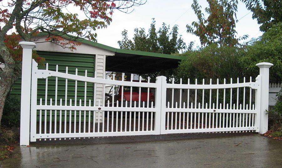 Colonial Wooden Gates Fences Driveway Gates Wooden Gate