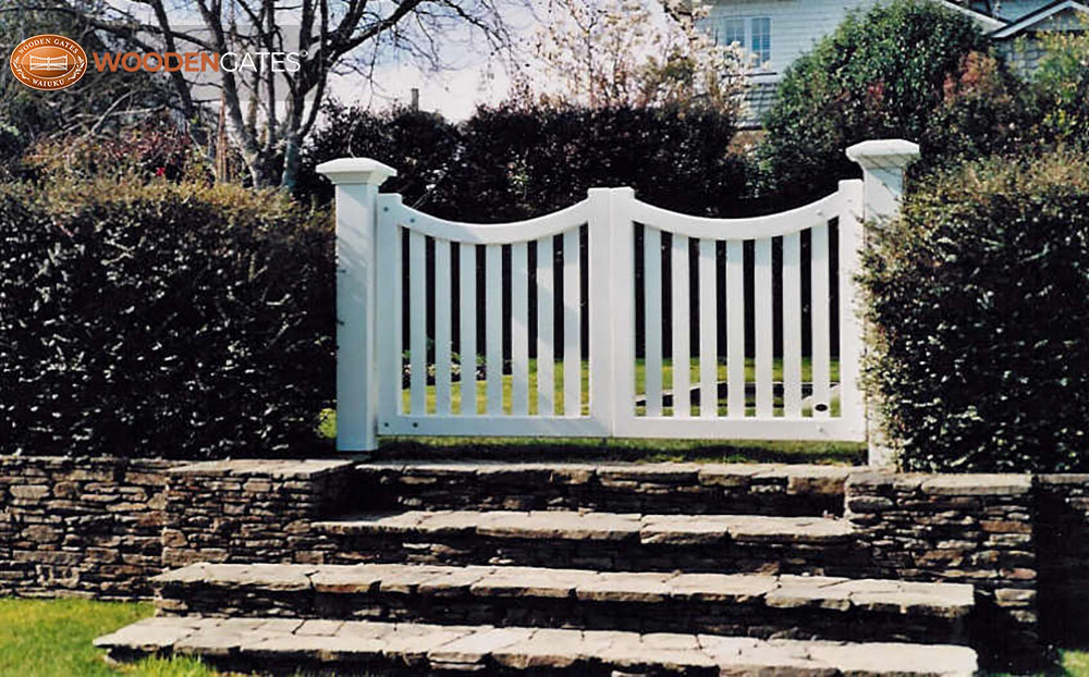 """#SE02- A nice pair of white Seymour gates in the city<br /><span>Seymour 02</span><br /><a href=""""/enquiry/?about=SE02- A nice pair of white Seymour gates in the city"""">ENQUIRE ABOUT THIS >></a><br /><a href=""""#""""  data-id=""""https://woodengates2-px.rtrk.co.nz/i/countryupload/GSEPP0001.jpg"""" class=""""print-this-image"""">PRINT THIS IMAGE >></a><span class=""""ug-icon-favorite """" data-id=""""2066"""" id=""""spanFavorite2066"""" title=""""Add to My list""""></span>"""