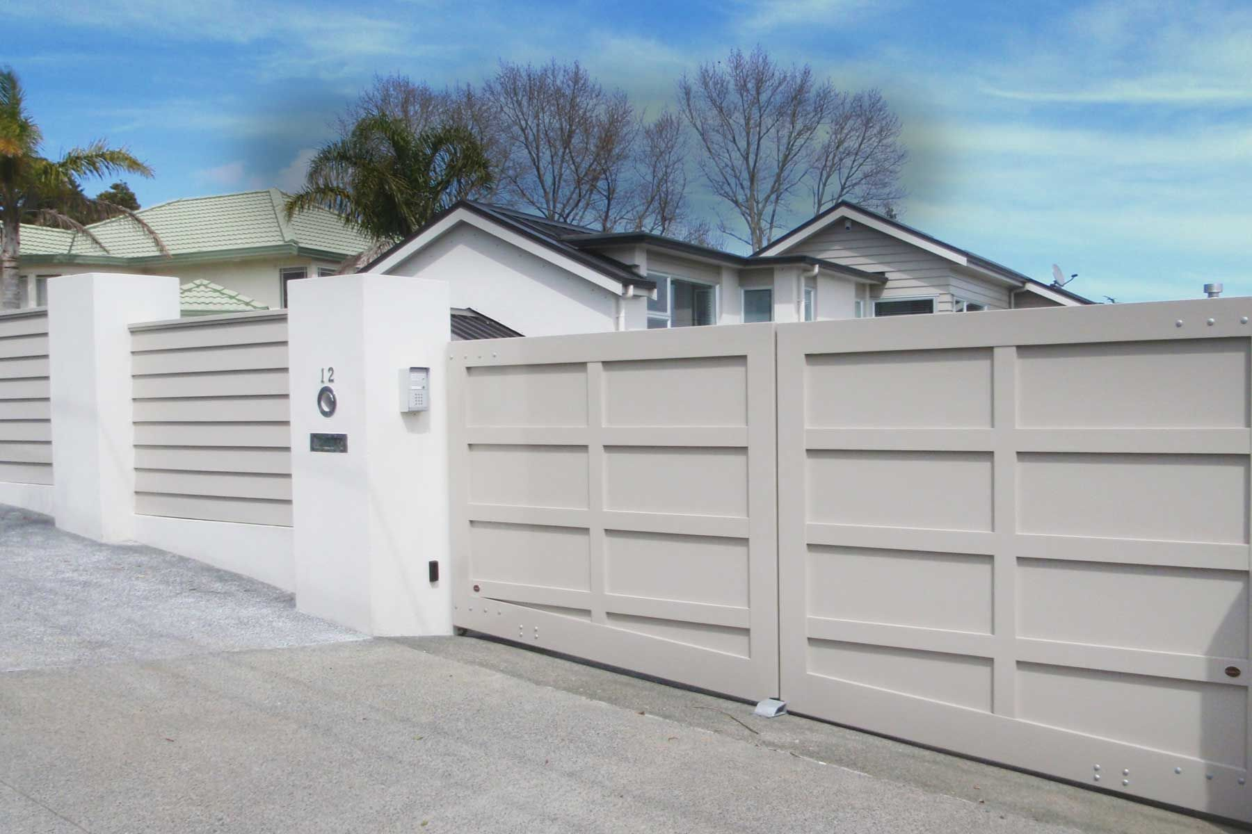 Automated Wooden Gates For New Zealand Homes And Businesses
